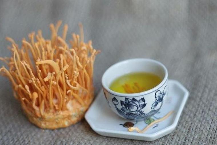 Các bạn có thể sử dụng để pha trà hàng ngày để sử dụng tăng cường sức khỏe