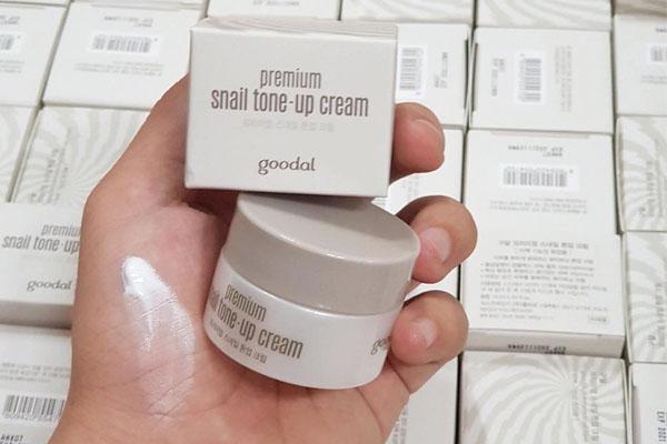 Kem Ốc Sên Mini Goodal Premium Snail Tone Up Cream