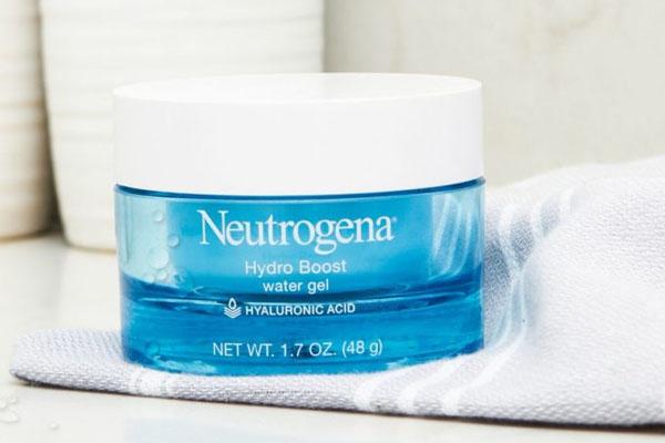 Kem dưỡng ẩm Neutrogena Hydro Boost Water Gel sở hữu công thức với kết cấu mỏng nhẹ, dễ dàng thấm sâu vào da, nuôi dưỡng và chăm sóc các tế bào da
